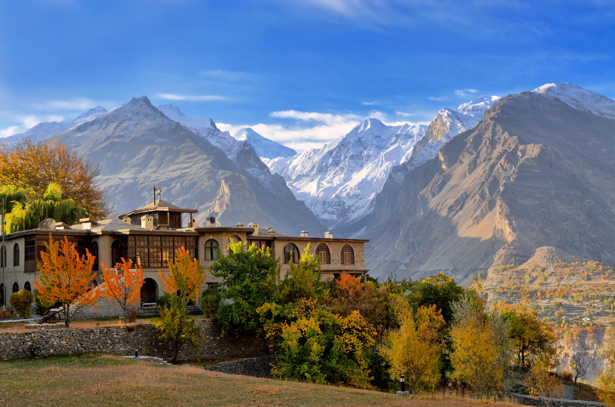 Days Private Honeymoon Tour To Hunza